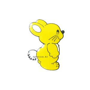 [W][Pin]Yellow Rabbit.핀뱃지
